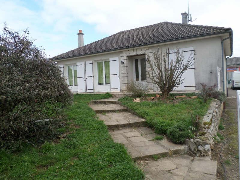 Vente maison / villa Lussac les chateaux 157000€ - Photo 1
