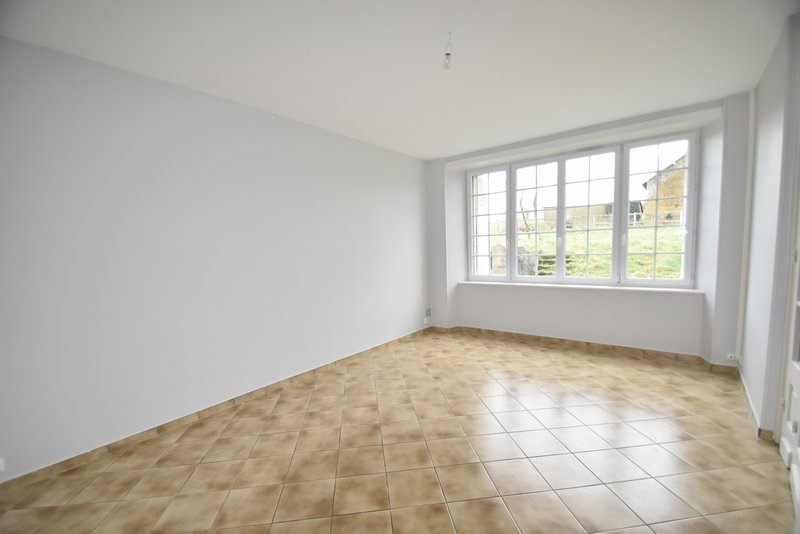 Location maison / villa Conde sur vire 615€ CC - Photo 4