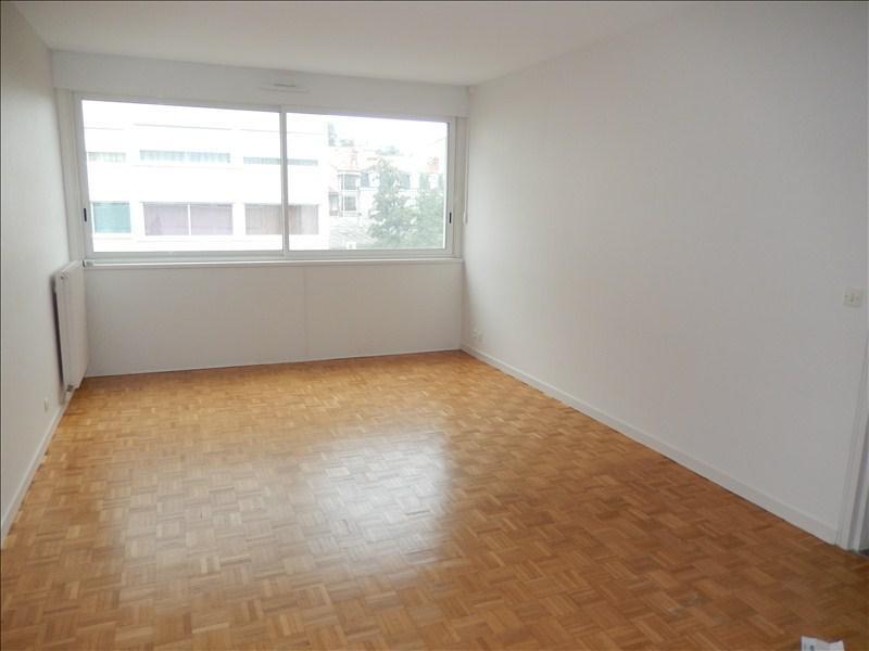 Location appartement Le puy en velay 405,75€ CC - Photo 1