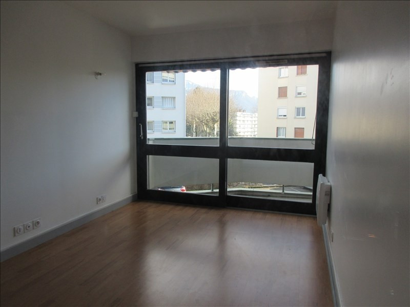 Location appartement Voiron 590€ CC - Photo 3