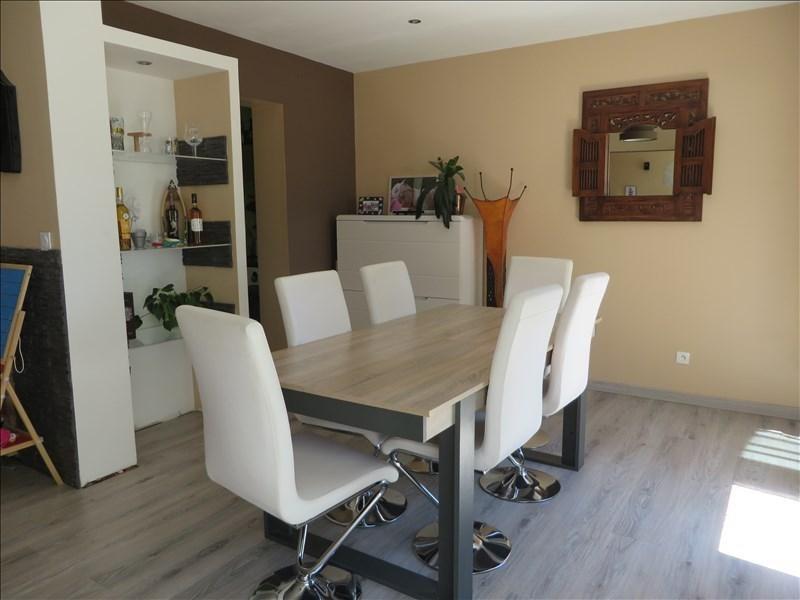 Sale house / villa Menesplet 122000€ - Picture 2
