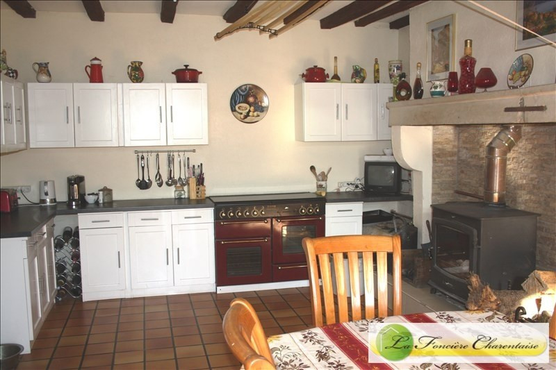 Vente maison / villa Chef boutonne 283 500€ - Photo 5