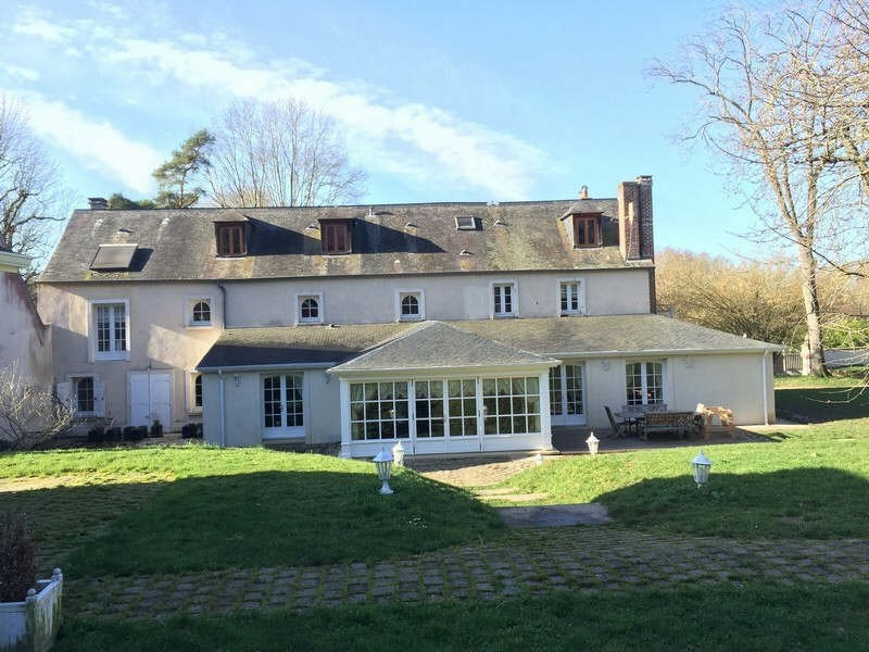 Deluxe sale house / villa Montfort l amaury 1695000€ - Picture 1