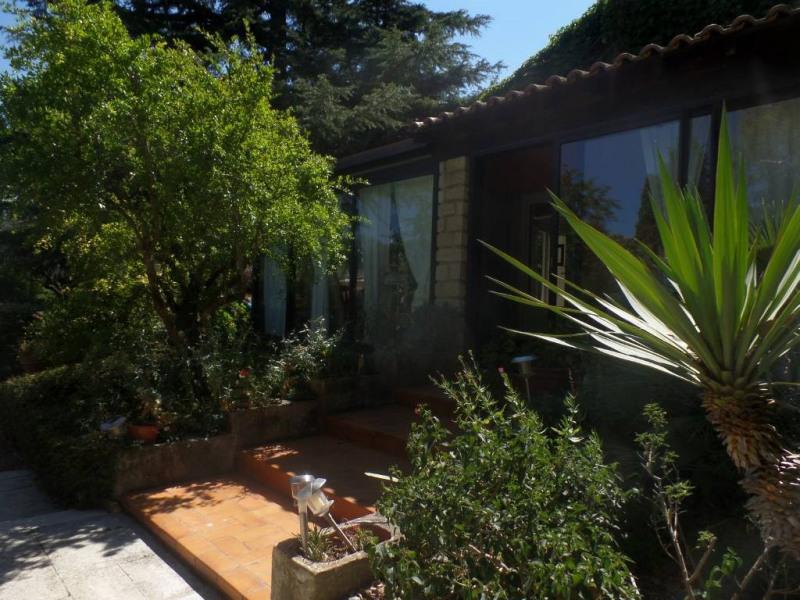 Sale house / villa Caumont-sur-durance 517000€ - Picture 11