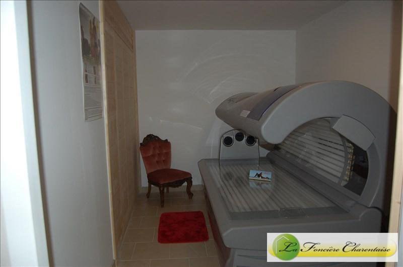 Vente maison / villa Aigre 425000€ - Photo 9