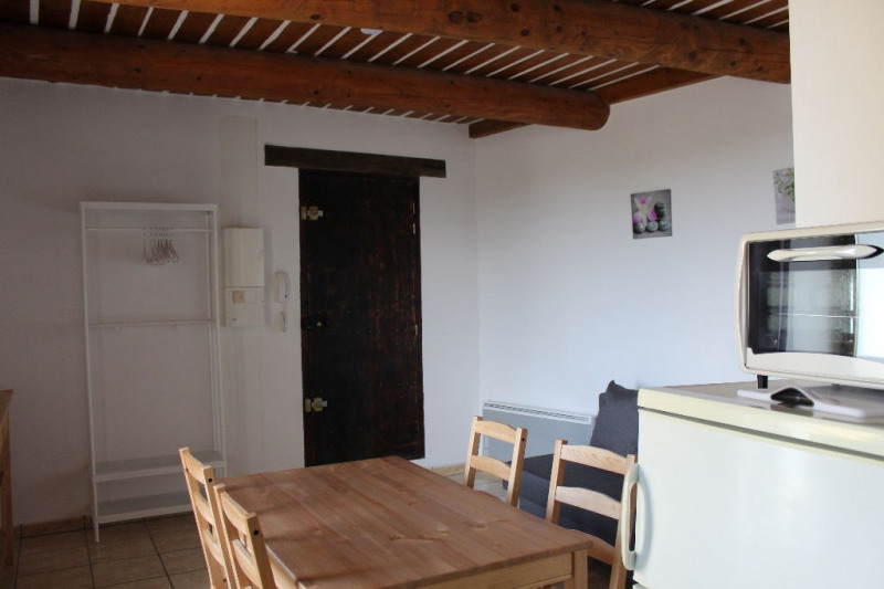 Location appartement Lambesc 530€ CC - Photo 5