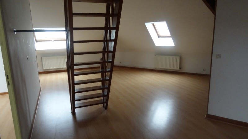 Location appartement St quentin 575€ CC - Photo 2
