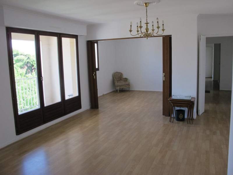 Sale apartment Villemomble 239 000€ - Picture 1