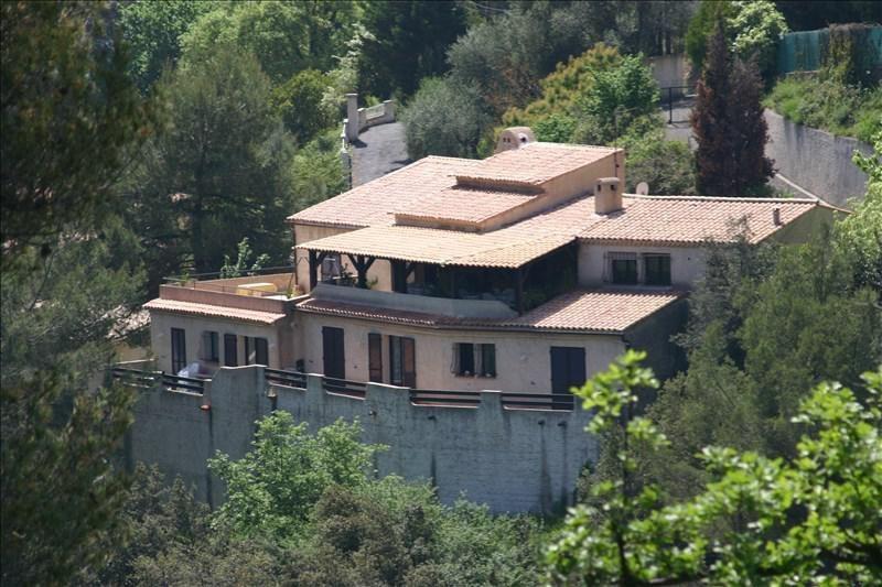 Deluxe sale house / villa Castagniers 785000€ - Picture 1