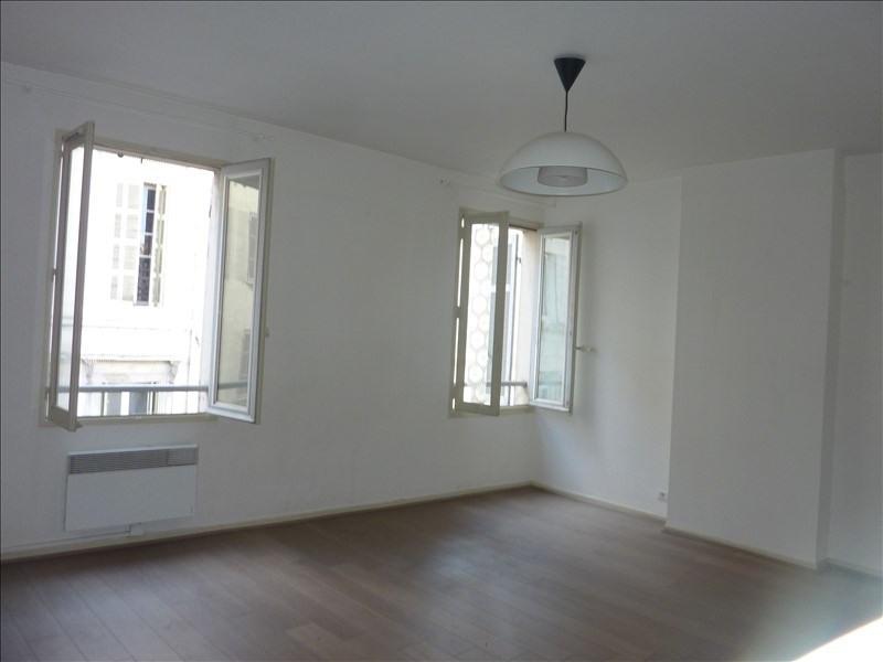 Rental apartment Marseille 1er 750€ CC - Picture 1