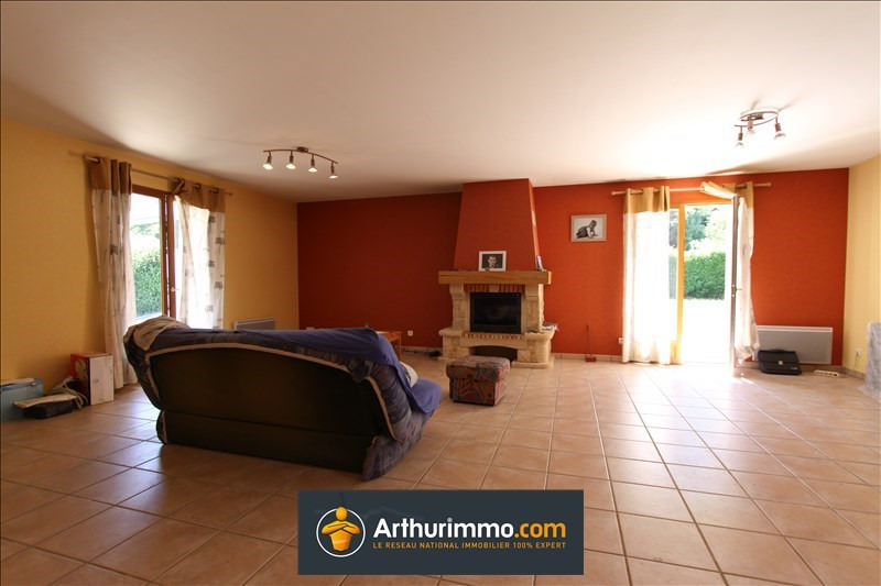 Vente maison / villa Morestel 215 000€ - Photo 2