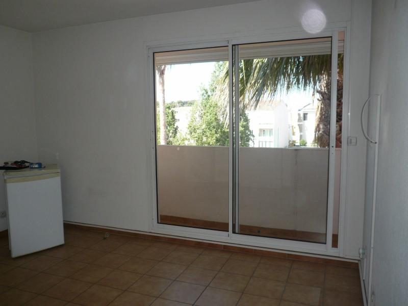 Location appartement Sanary sur mer 456€ CC - Photo 2