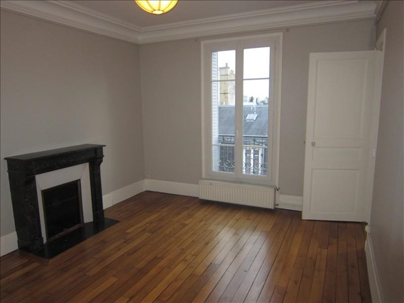 Rental apartment Maisons-laffitte 896€ CC - Picture 2