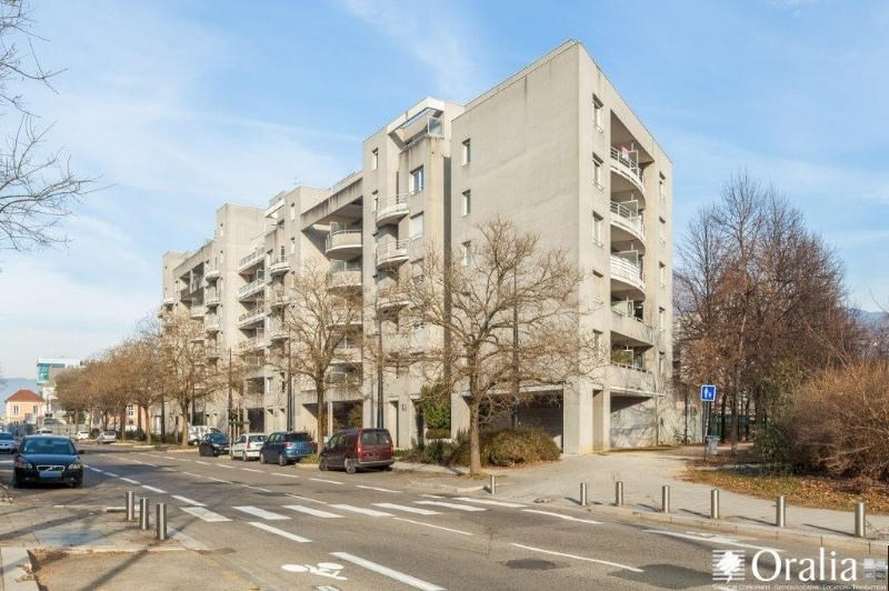 Location appartement Grenoble 795€ CC - Photo 1