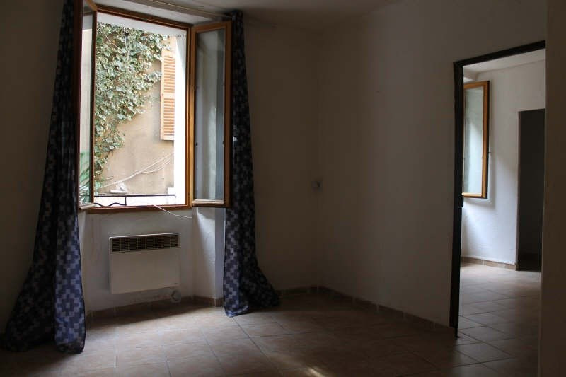 Vente appartement Hyeres 112 000€ - Photo 2