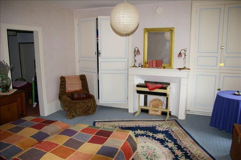 Sale house / villa St sauveur en puisaye 154000€ - Picture 6