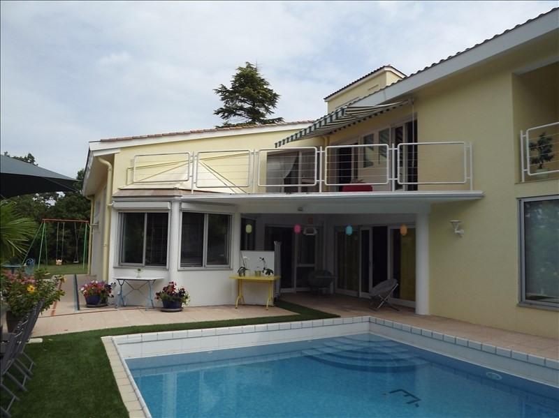 Sale house / villa Castillonnes 535000€ - Picture 1
