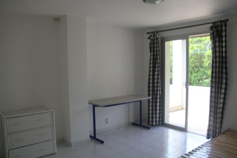 Sale house / villa Villetelle 372000€ - Picture 5
