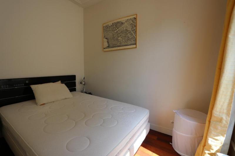Location appartement Paris 8ème 2600€ CC - Photo 8