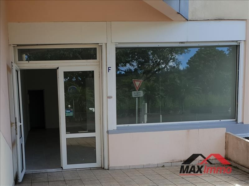 Location local commercial St joseph 750€ HT/HC - Photo 2