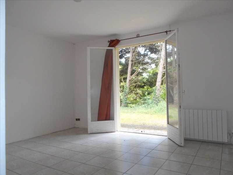 Location appartement Le mesnil le roi 740€ CC - Photo 2