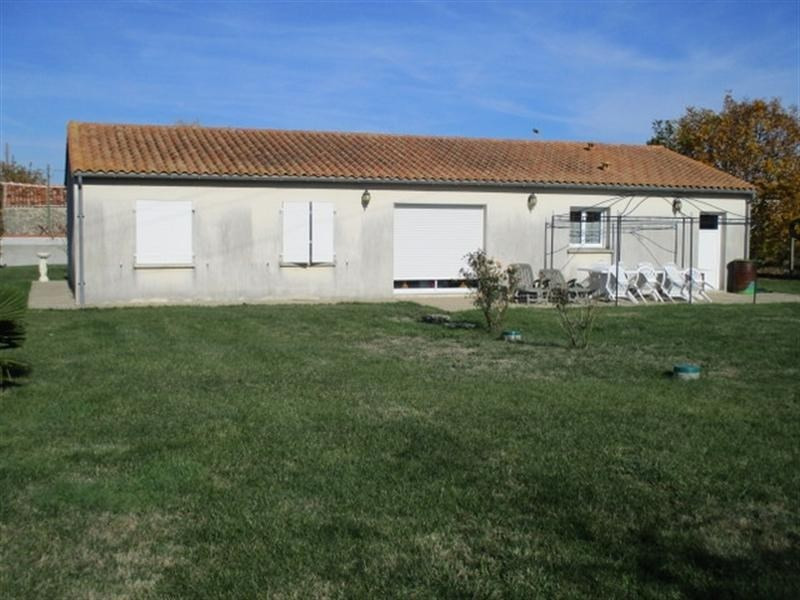 Sale house / villa St jean d angely 152 300€ - Picture 6
