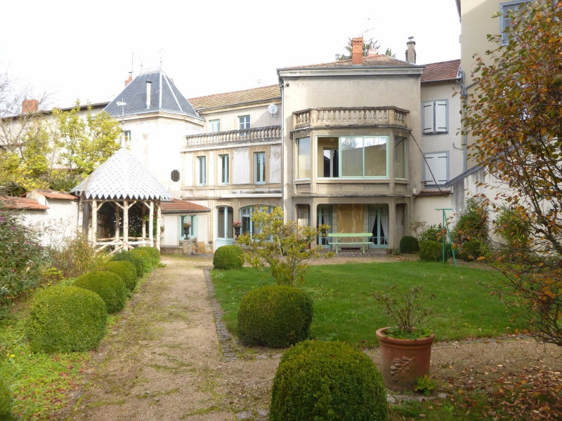 Deluxe sale house / villa Ambert 283 000€ - Picture 1
