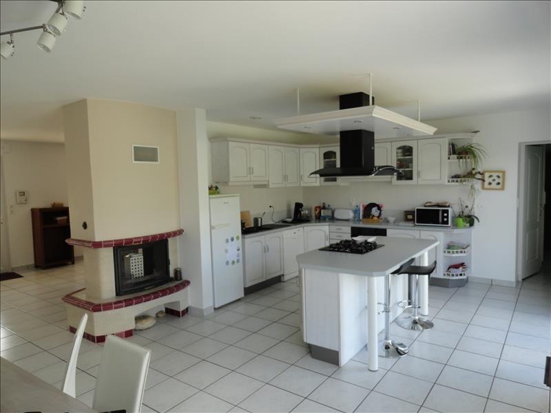 Sale house / villa Gorges 284900€ - Picture 2
