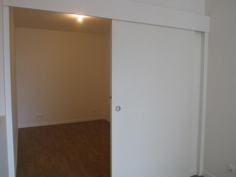 Location appartement Saint-cyr-l'école 710€ CC - Photo 3