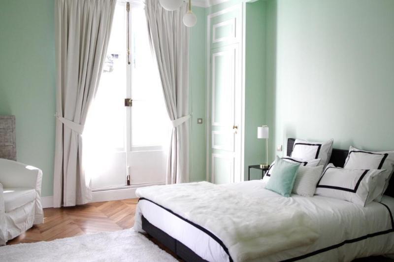 Location appartement Paris 8ème 4090€ CC - Photo 8