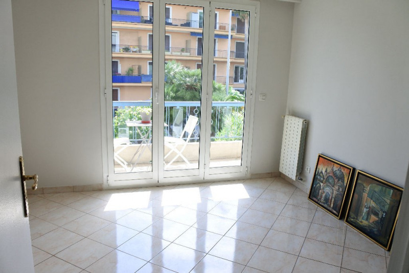 Sale apartment Menton 379 000€ - Picture 3