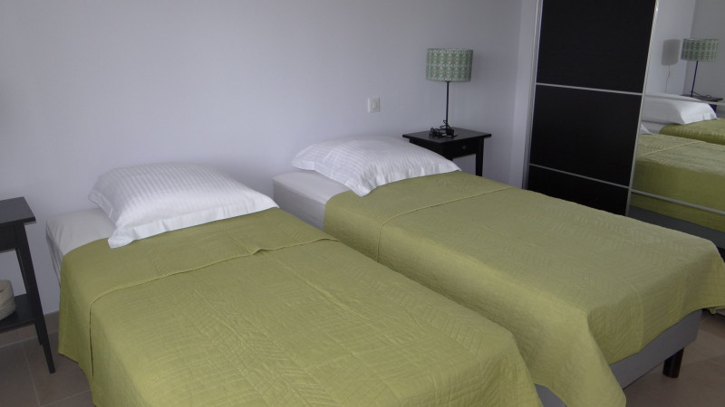 Vacation rental house / villa Cavalaire sur mer 2000€ - Picture 10