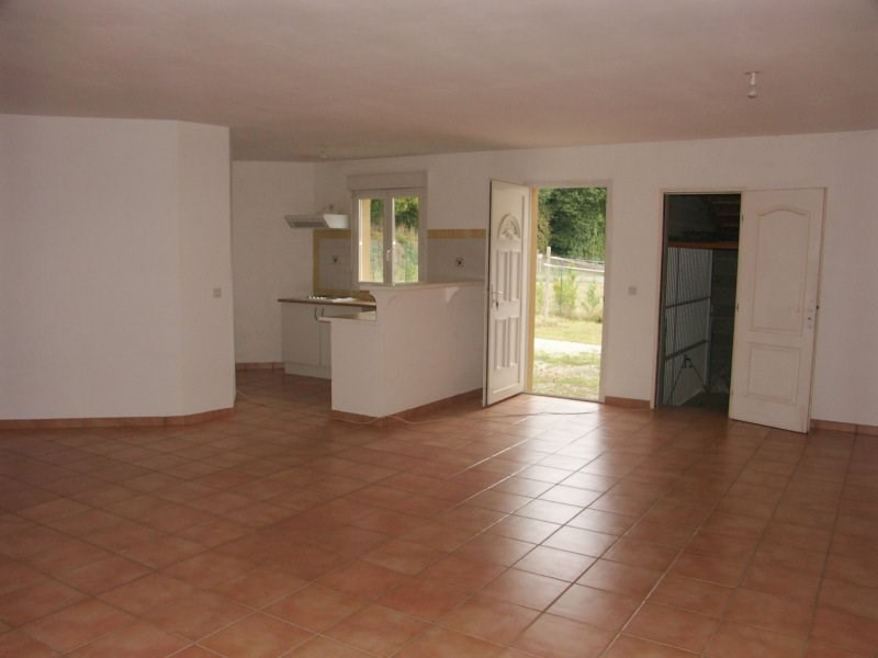 Location maison / villa Bordes 757€ CC - Photo 4