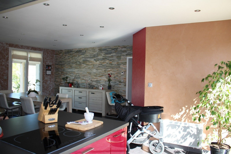 Sale house / villa Vaire 239300€ - Picture 6