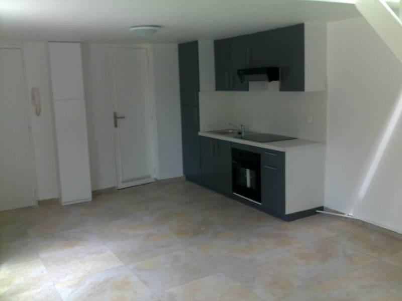 Rental house / villa Meaux 695€ CC - Picture 1