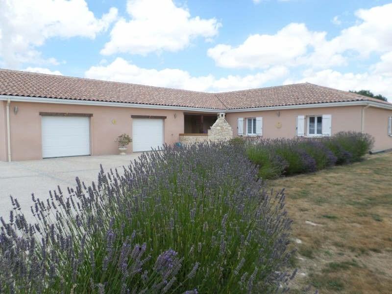 Vente maison / villa Civaux 260000€ - Photo 3