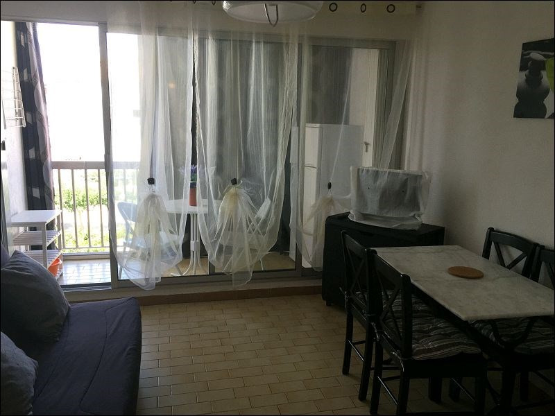 Rental apartment Le grau du roi 350€ CC - Picture 3