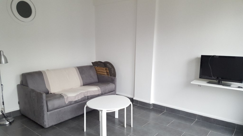 Location appartement Boulogne billancourt 851€ CC - Photo 6