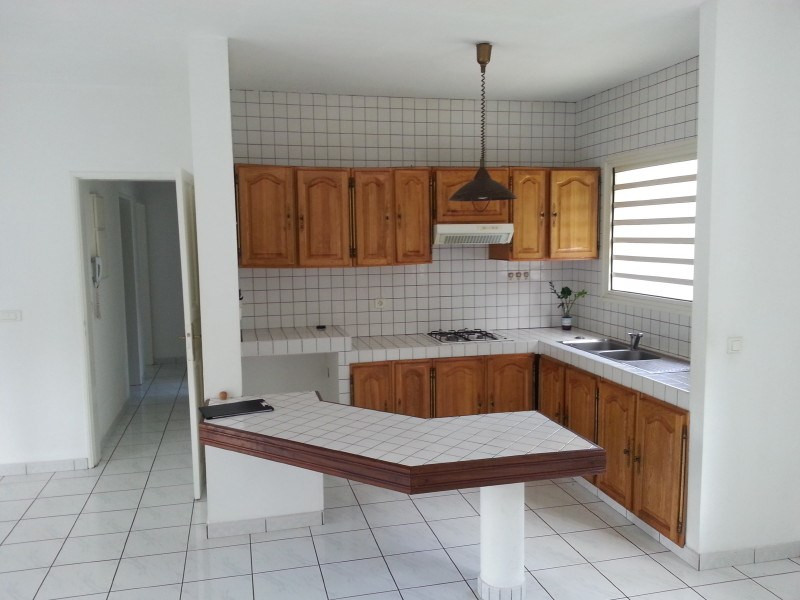 Rental house / villa Le tampon 900€ +CH - Picture 3