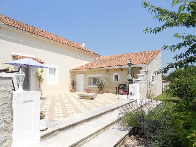 Vente maison / villa Aigre 348000€ - Photo 2