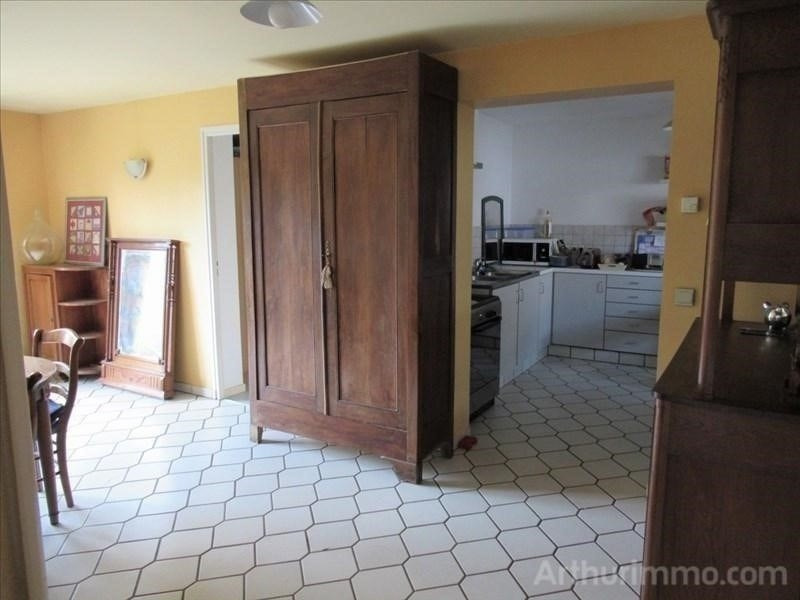 Sale house / villa Thise 267000€ - Picture 5
