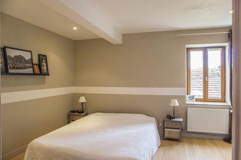 Sale house / villa Montfort l amaury 278000€ - Picture 5