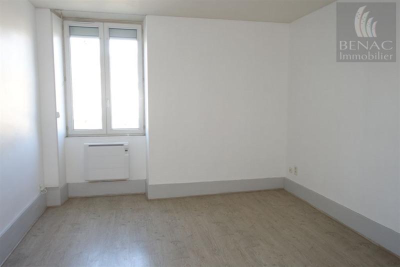 JL77-944 - Réalmont centre - Appartement T2 au 2e étage