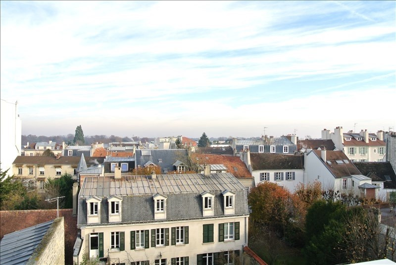 Rental apartment St germain en laye 1330€ CC - Picture 2