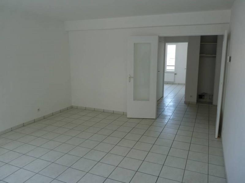 Revenda apartamento Roche-la-moliere 85000€ - Fotografia 3