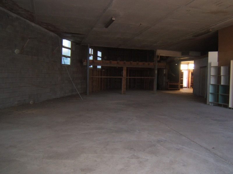 Location local commercial Brives charensac 700€ CC - Photo 3
