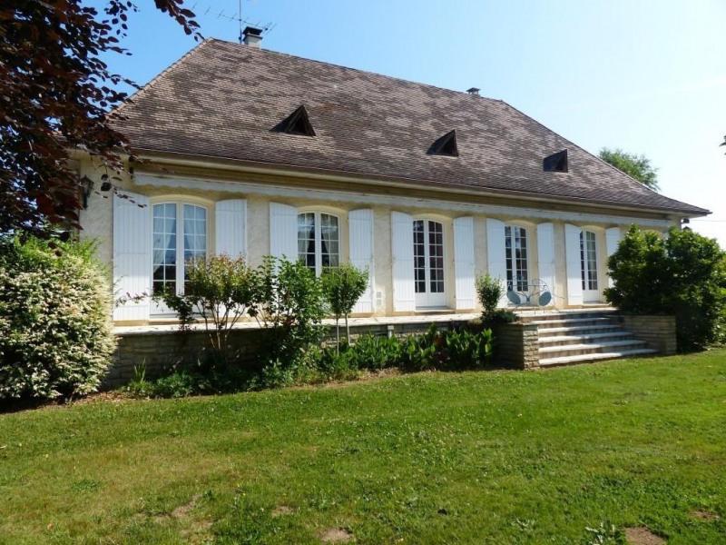 Sale house / villa Bergerac 301750€ - Picture 1