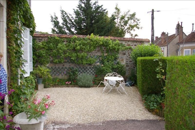 Sale house / villa St sauveur en puisaye 154000€ - Picture 2