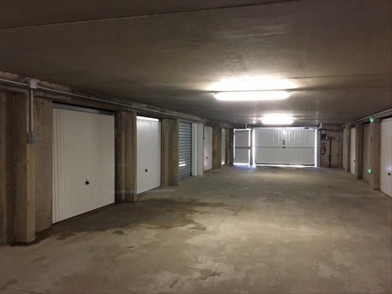 Sale parking spaces La londe les maures 20900€ - Picture 1