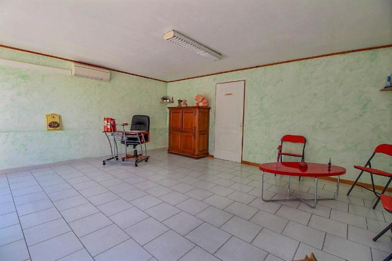 Vente maison / villa Bezouce 249000€ - Photo 11